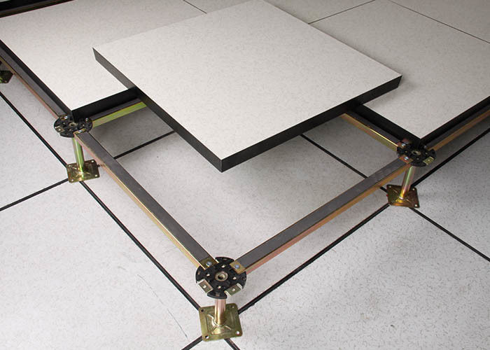 Steel Encased Calcium Sulphate Raised Access Floor High Dimension Accuracy